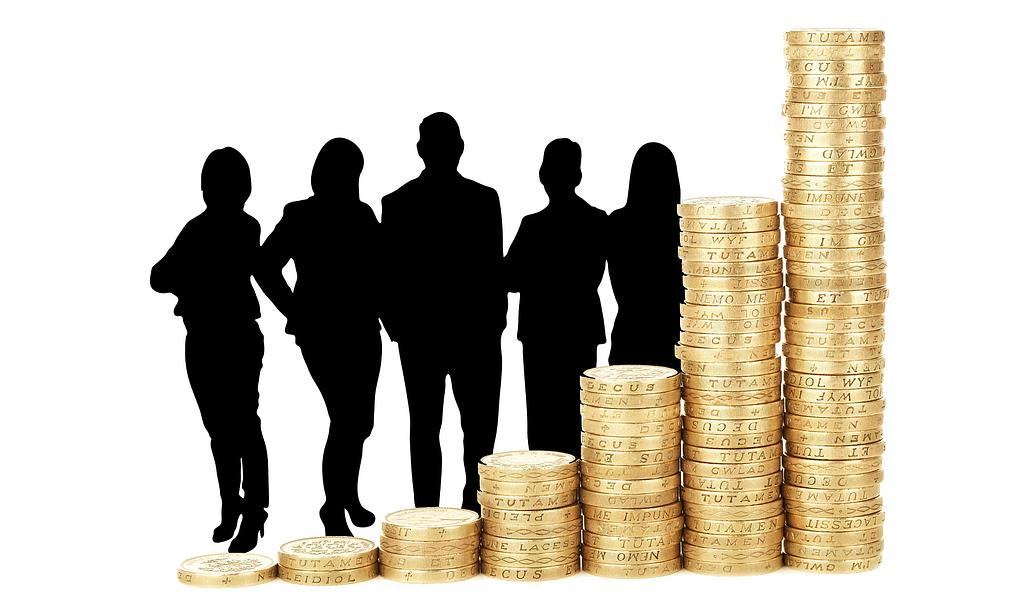 L'âge idéal pour emprunter est de 28 ans pour l'homme et de 25 ans
